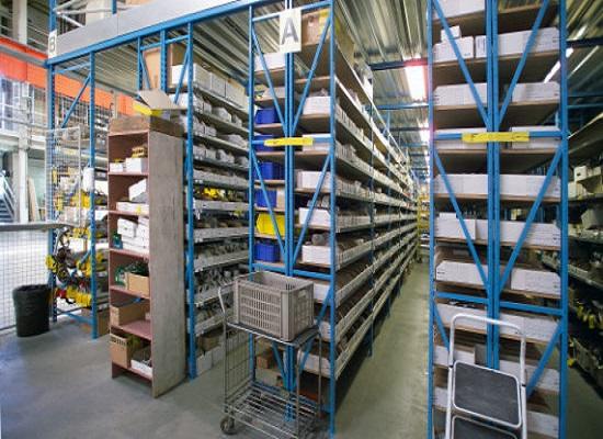 Entrepôt de pièces détachées Corelec